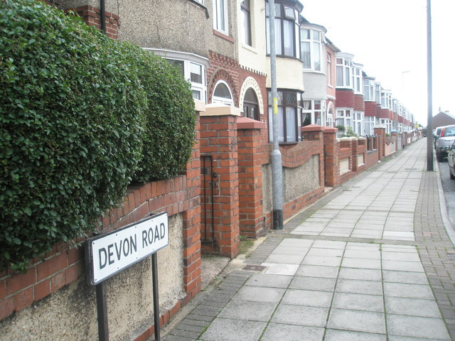 Pavement in Devon Road