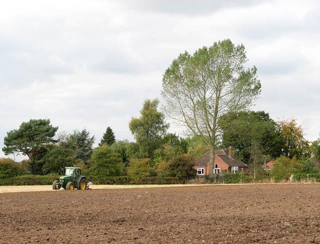 Ploughing in Upper Stoke