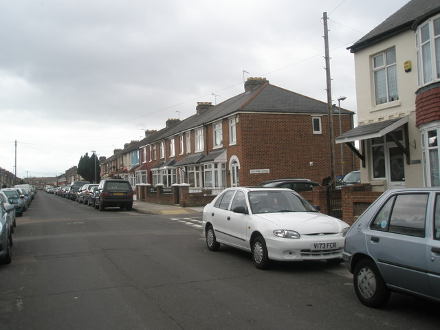 Approaching the junction of Aylen Road and Gatcombe Avenue