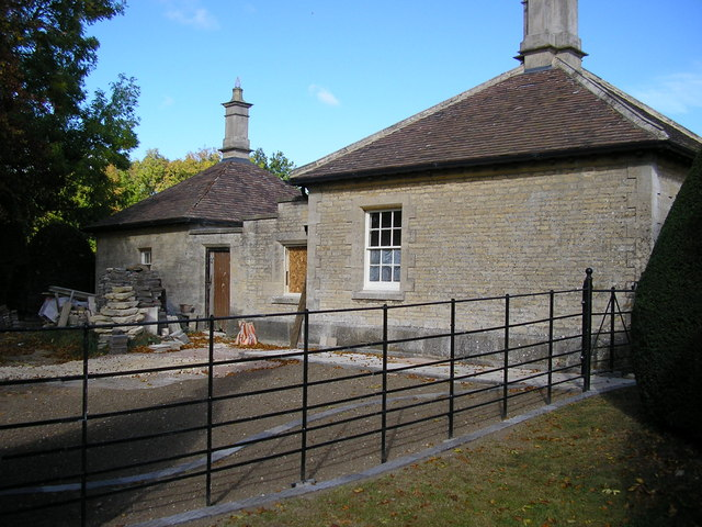 The Lodge, Clipsham Yew Tree Avenue