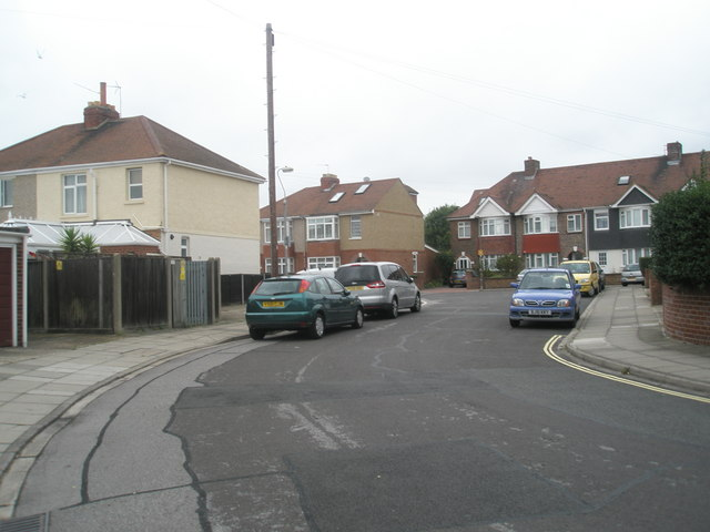 Bend in Monckton Road