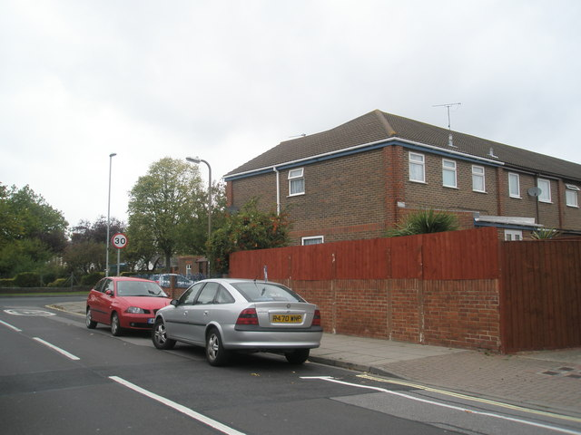 Approaching the boundary of Monckton Road and Copnor Road