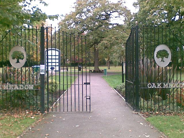 Oak Meadow Park, Station Road