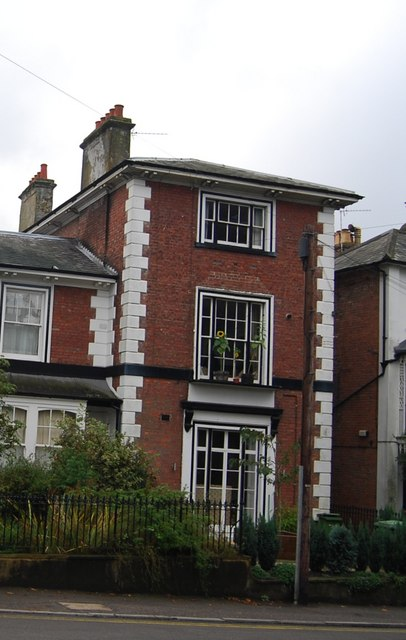 Three-storey house, Grove Hill Rd