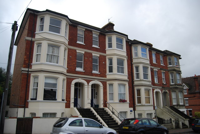 Three-storey houses, Grove Hill Rd