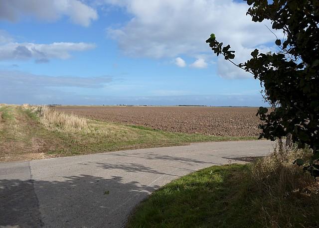 Farmland near Wainfleet (5)