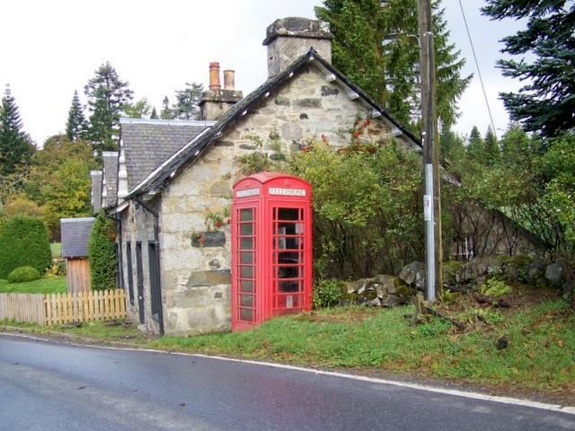 Telephone box, Enochdhu