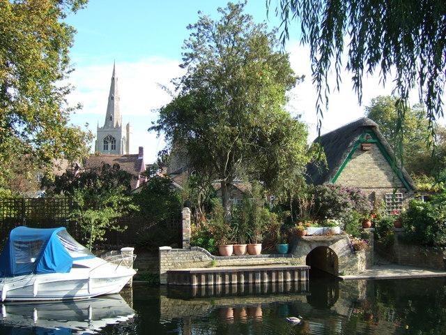 Riverside in Godmanchester