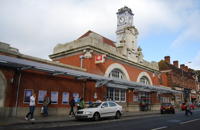 Tunbridge Wells Railway Station