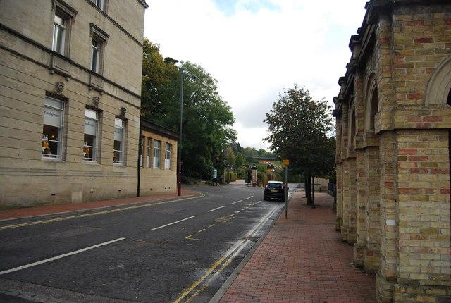 Road running upto Calverley Park entrance
