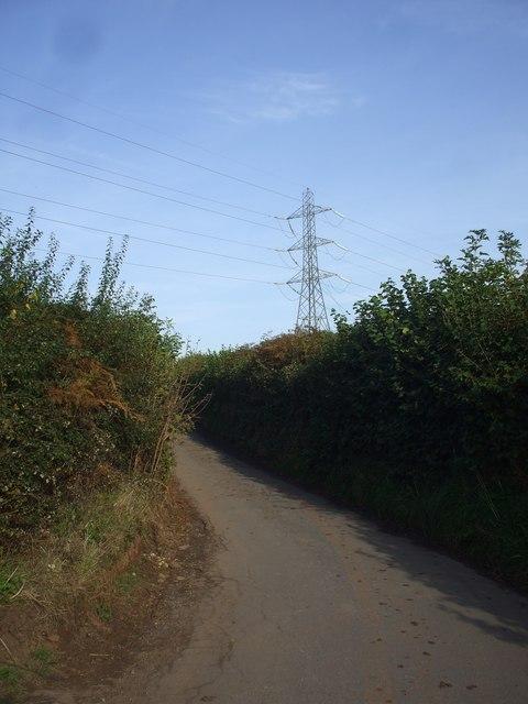 Power lines cross Graig-Llwyn Rd ,Cardiff