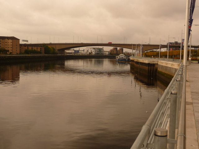 Glasgow: view downstream along the Clyde