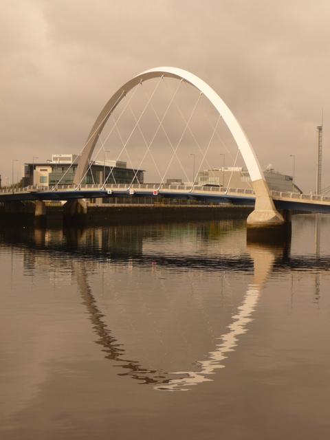 Glasgow: the Clyde Arc