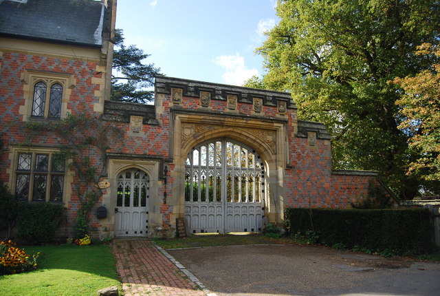 Eastern Gate, Hall Place, Leigh