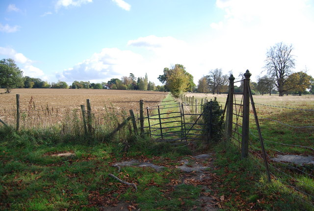Kissing Gate on the path north of Leigh
