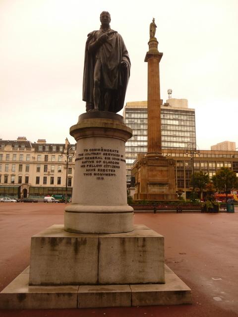 Glasgow: Lt.-General Sir John Moore statue