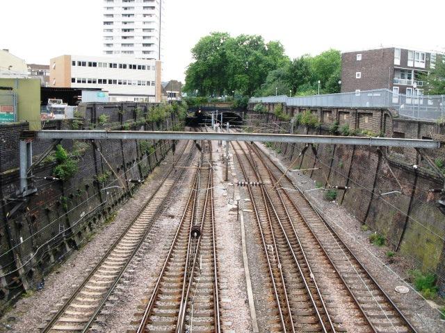 Railway lines near Oak Village, NW5 (2)
