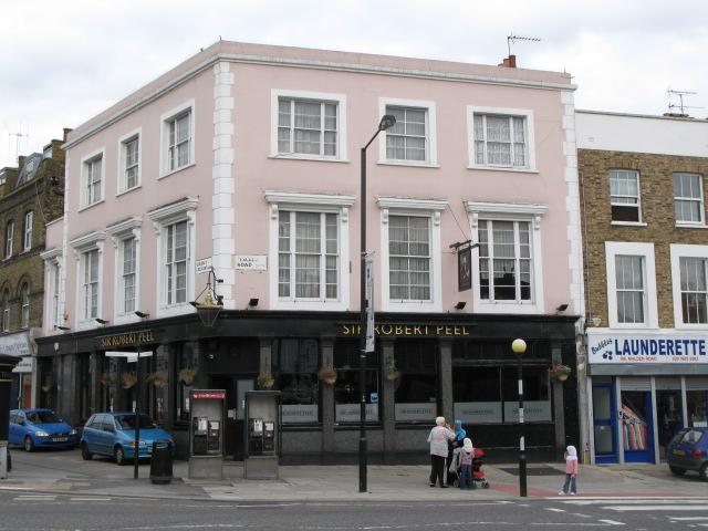 The Sir Robert Peel, Malden Road / Queen's Crescent, NW5
