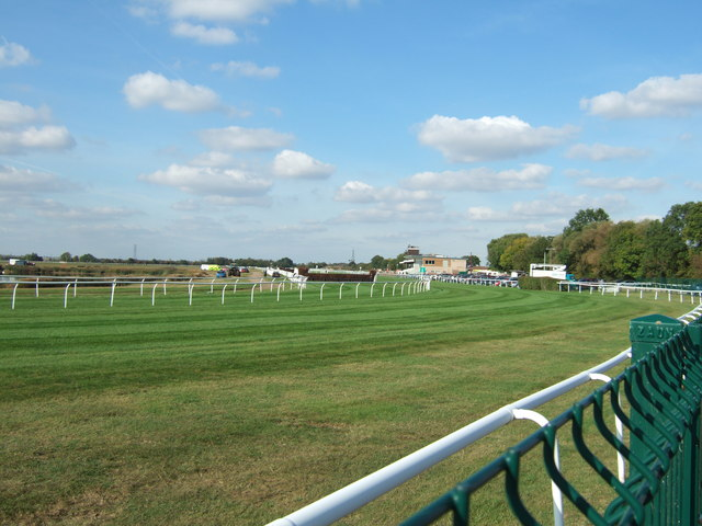 The first bend, Huntingdon Race Course