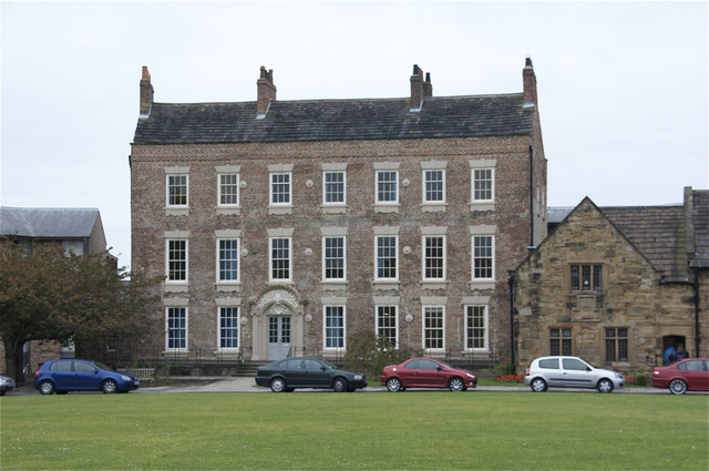 Institute of Advanced Studies,Cathedral Close