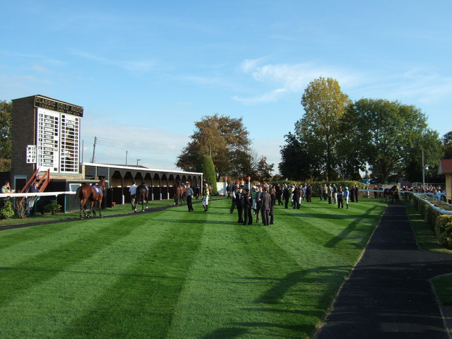 The parade ring, Huntingdon Racecourse