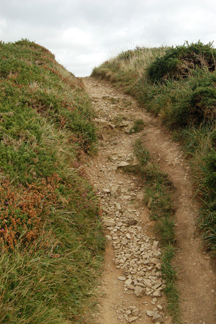 Steep climb on the coastpath near Dinas Fawr