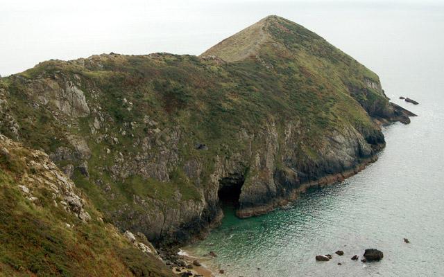 Dinas Fawr and Pen Dinas (1)