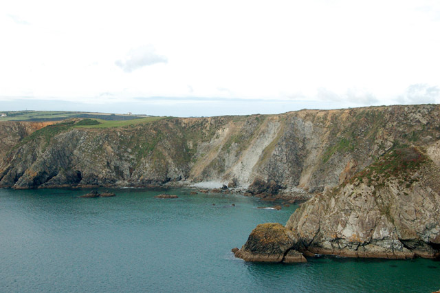 Landslips on the cliff-face between Solva and Dinas Head