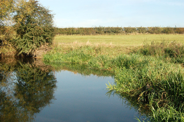 A tranquil pool on the River Leam near the Fosse Way