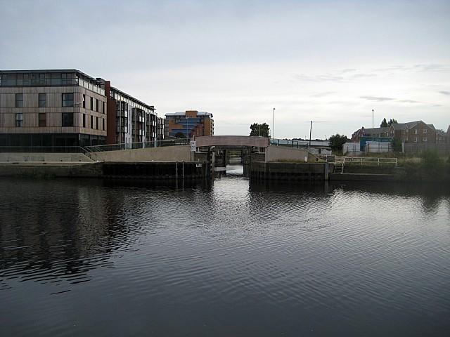 Wakefield lock (2)