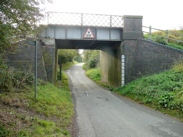 Little Buckland railway bridge