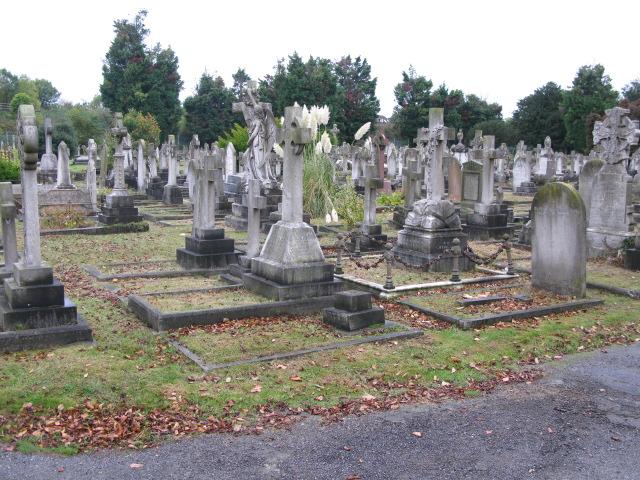 Cemetery on Cheriton Road