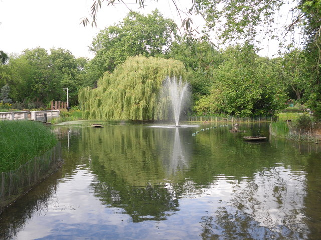 Lake in Southwark Park