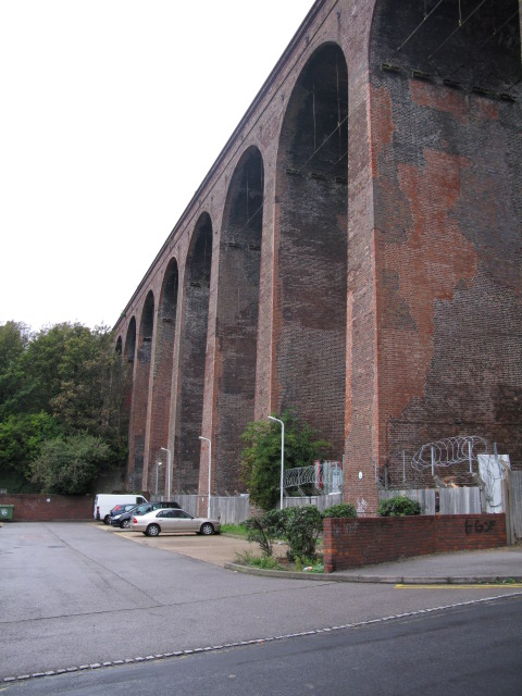 Railway viaduct from Bradstone Road
