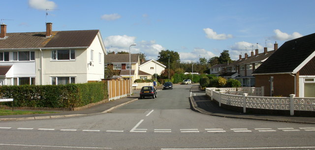 Pettingale Road, Croesyceiliog