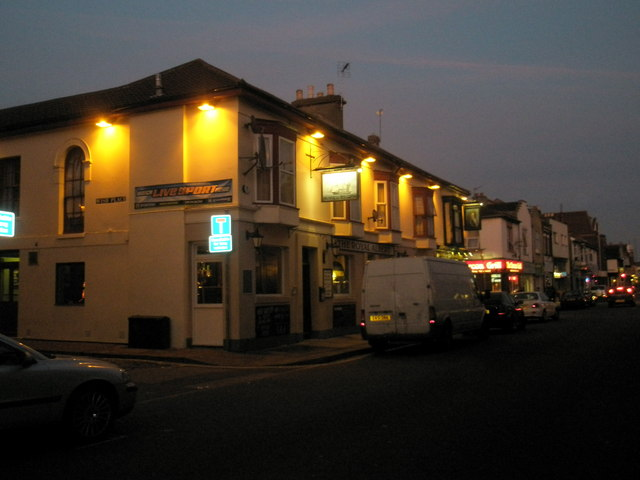 Twilight in Albert Road (4)