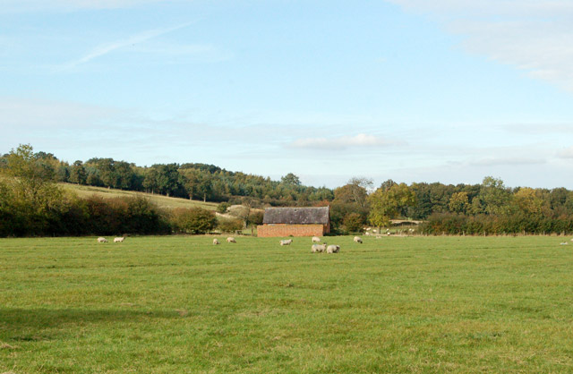 Looking north towards Upper Shuckburgh from Gypsy Lane