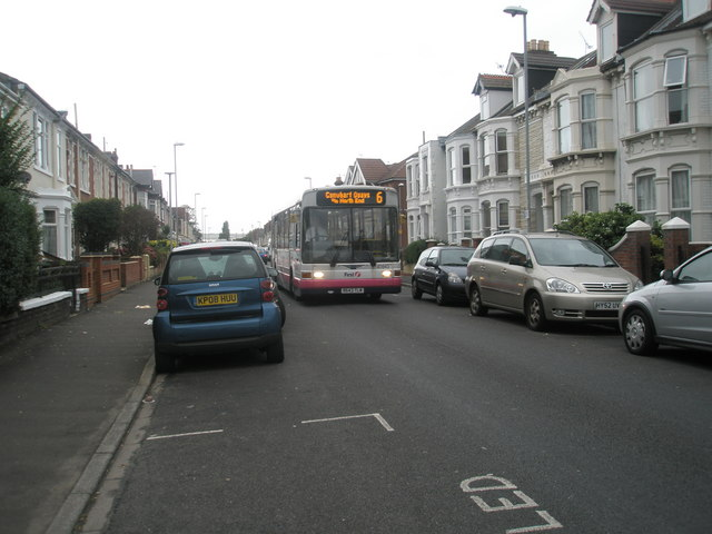 Number 6 bus in Gladys Avenue
