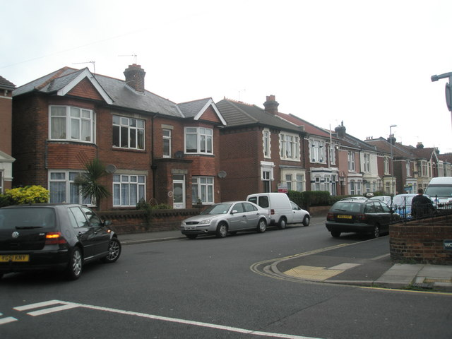 Junction of  Oriel Road and Gladys Avenue