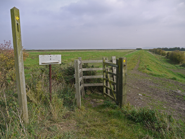 The Humber Bank Footpath