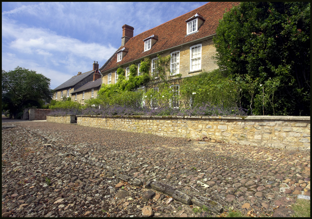 Cobbled Paving in Weston Underwood