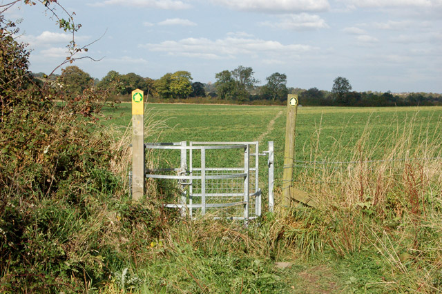 The well-signed footpath from Priors Marston to Shuckburgh