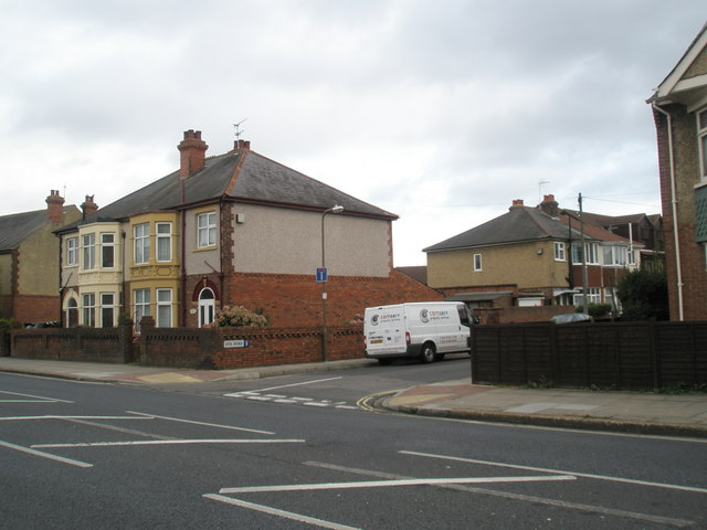 Junction of Northern Parade and Vita  Road
