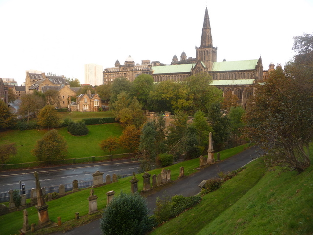 Glasgow: the cathedral from the Necropolis