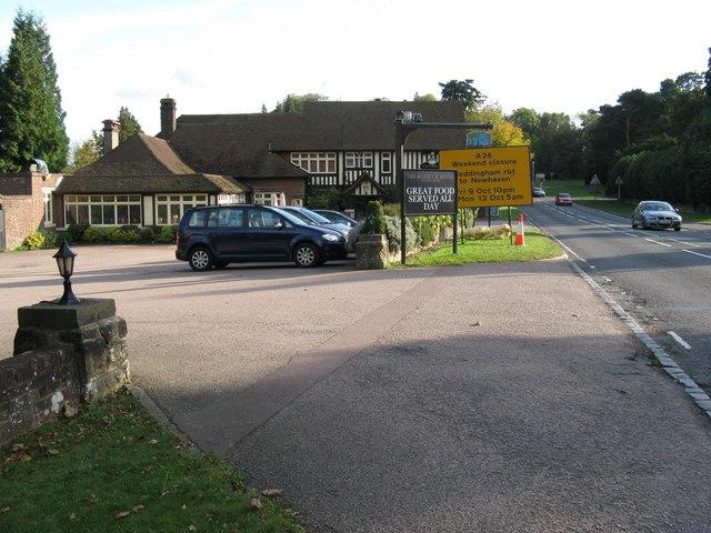 The Roebuck Hotel Wych Cross