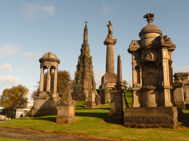 Glasgow: striking memorials at the Necropolis