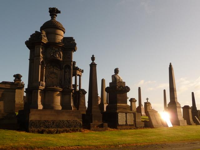 Glasgow: memorials big and small