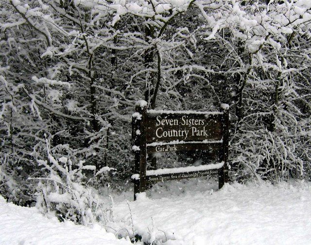 Snow at Seven Sisters Country Park