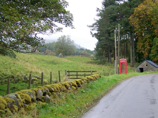 Telephone box, Brewlands Bridge