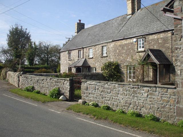 Cottages, Pen-y-lan